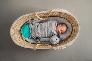 Ubranka i akcesoria dla niemowląt i dzieci już w marcu w Rossmannie