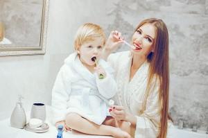 Co robić, by maluch miał zdrowe ząbki?