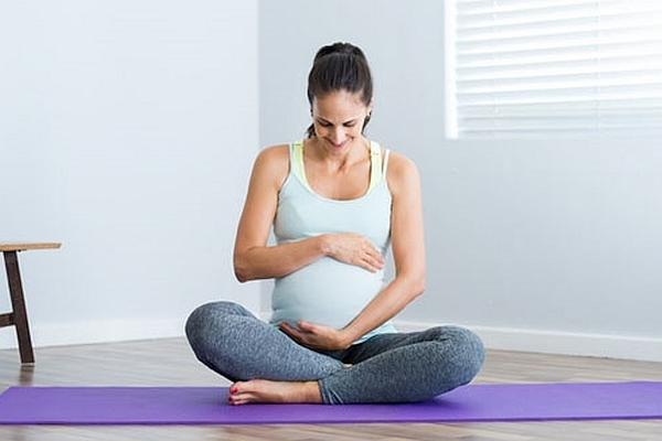 ćwiczenie w ciąży na mięśnie brzucha i grzbietu