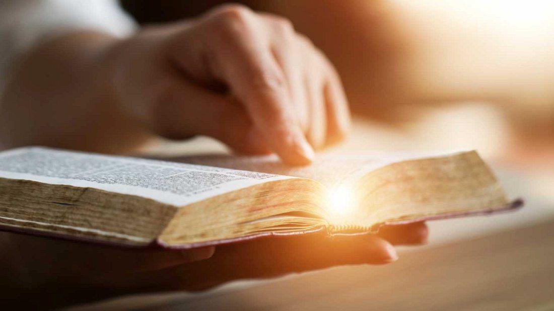 Wigilia - czytanie biblii
