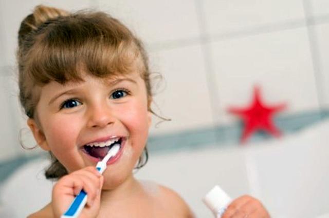 Dziecko zdrowe zęby