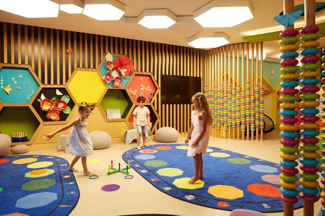 Klub dla dzieci w Ceasars Bluewaters Palace w Dubaju