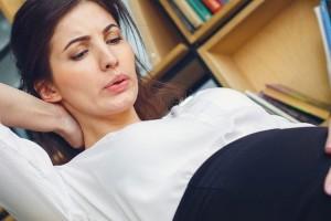Gimnastyka w ciąży - ćwiczenie poprawiające ukrwienie kończyn górnych i zwiększające wentylację płuc