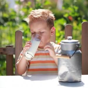 Ile mleka dziennie powinno pić dziecko?