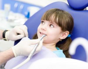 Jak przygotować dziecko do wizyty u stomatologa?