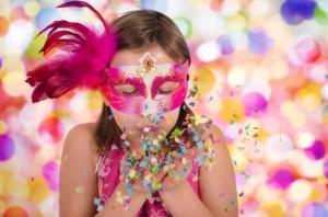 Jak przygotować maskę na bal karnawałowy