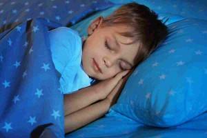 Jaka poduszka i materac zadba o zdrowy sen Twojego dziecka?