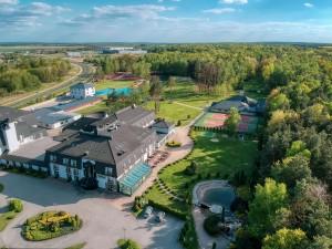 Odkryj tajemnice Jury Krakowsko-Częstochowskiej z Hotelem Villa Verde