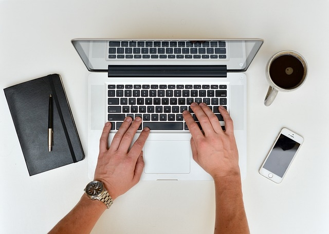 Jak zarejestrować dziecko przez imternet
