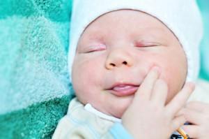 Trądzik niemowlęcy - objawy i leczenie