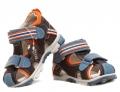 Jak dobrać buty dla dziecka, czyli zdrowe stópki