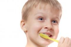 Mycie zębów u dzieci